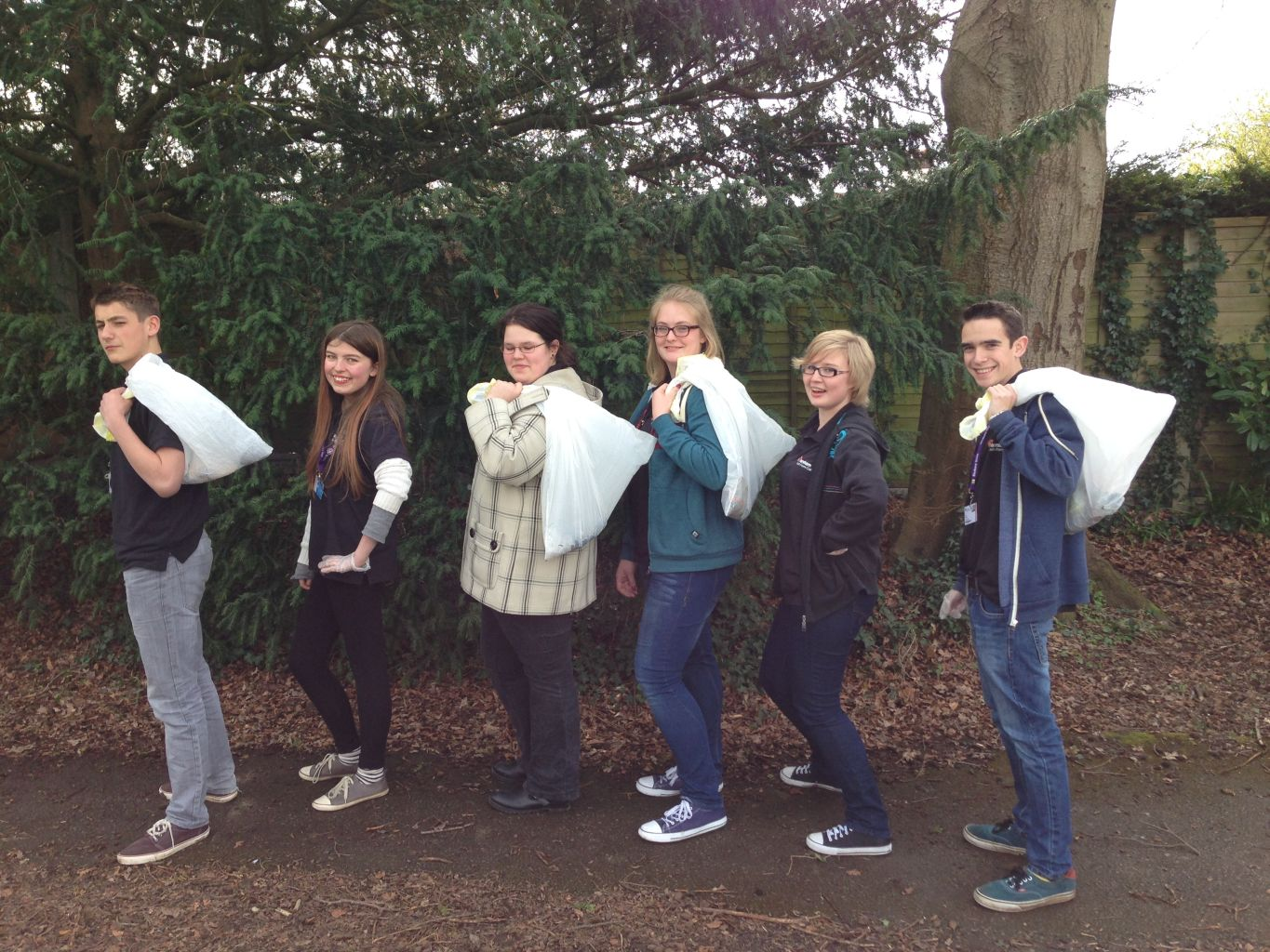 Students from Farnham Sixth Form College litter picking.