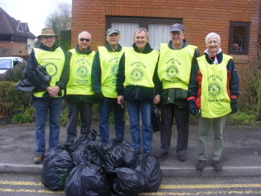 Rotary Club of Farnham Weyside 1 (Weyside Womblers)