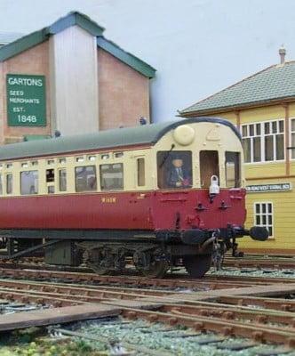 Farnham-District-Model-Railway-Club-Weydon-Autocoach.jpg copyright