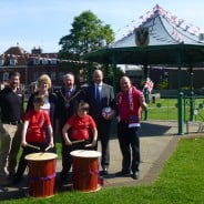 John Quin, Anytime Fitness; Gillian Ward; Cllr John Ward, Mayor of Farnham; James Grundy, Trueman & Grundy and Mark Butler, Aldershot Town Football Club with children are from Potters Gate Taiko Drumming Club.