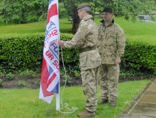 Unfurling the Armed Forces' Day flag 2016
