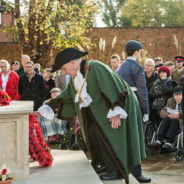Mayor lays wreath Remembrance Sunday 2016.