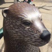 Farnham in Bloom otter